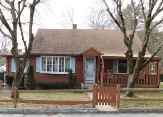 Pre Foreclosure in Coventry 02816 BEATON ST - Property ID: 1475836314