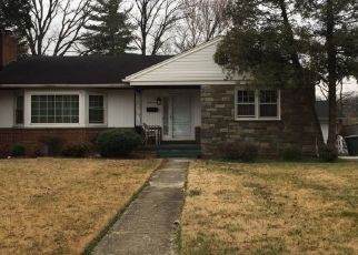 Pre Foreclosure in Hyattsville 20785 OLD LANDOVER RD - Property ID: 1475922153