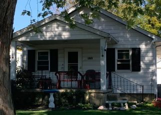 Pre Foreclosure in Peoria Heights 61616 E WILSON AVE - Property ID: 1476281293