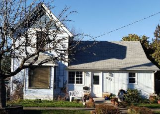 Pre Foreclosure in Mcminnville 97128 NE 7TH ST - Property ID: 1476545849