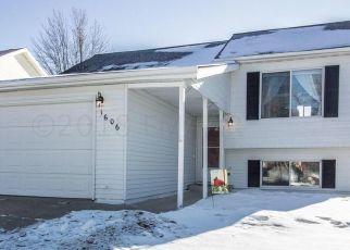 Pre Foreclosure in Fargo 58104 35TH AVE S - Property ID: 1476927757