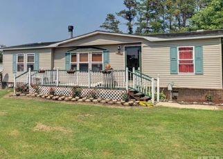 Pre Foreclosure in Grandy 27939 N WIDGEON CT - Property ID: 1477123976