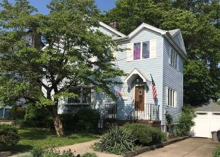 Pre Foreclosure in Flushing 11358 170TH ST - Property ID: 1477229515