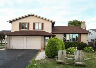 Pre Foreclosure in Rochester 14612 EDGEMERE DR - Property ID: 1477254479