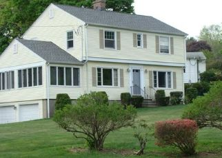 Pre Foreclosure in Waterbury 06708 FOREST RIDGE RD - Property ID: 1477465588