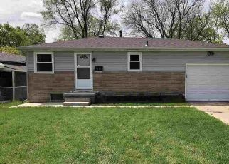 Pre Foreclosure in Omaha 68152 REDICK AVE - Property ID: 1477591726