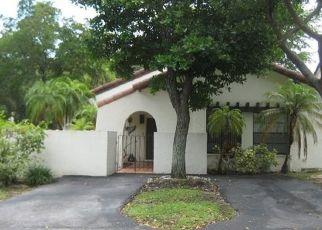 Pre Foreclosure in Miami 33186 SW 111TH TER - Property ID: 1478038902