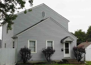 Pre Foreclosure in Davenport 52802 MARION ST - Property ID: 1478862274