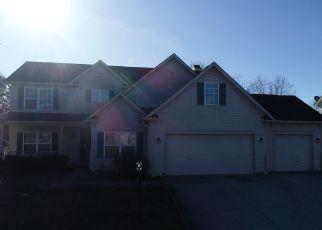 Pre Foreclosure in Carmel 46033 BREAKERS WAY - Property ID: 1478906966