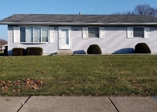 Pre Foreclosure in Portage 46368 HICKORY ST - Property ID: 1478935873