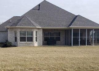 Pre Foreclosure in Brownsburg 46112 TANGLERIDGE LN - Property ID: 1478975725