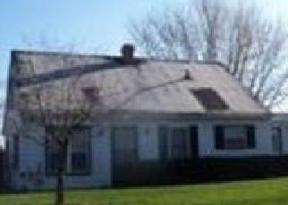 Pre Foreclosure in Kokomo 46902 MENOMONEE DR - Property ID: 1478977919