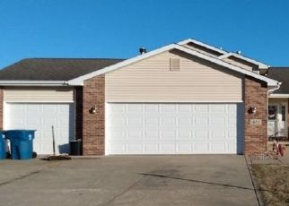 Pre Foreclosure in Hebron 46341 PERSIMMON PKWY - Property ID: 1479150917