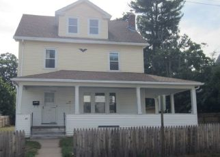 Pre Foreclosure in Manchester 06040 FOSTER ST - Property ID: 1479434724