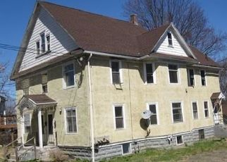 Pre Foreclosure in Holyoke 01040 MAIN ST - Property ID: 1479456165