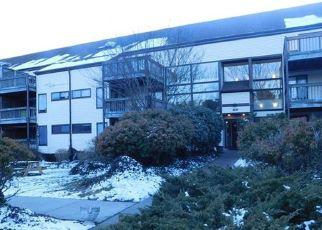 Pre Foreclosure in Stratford 06614 BROADBRIDGE AVE - Property ID: 1479671213