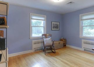 Pre Foreclosure in Trumbull 06611 BLACKHOUSE RD - Property ID: 1479679546