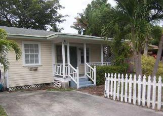 Pre Foreclosure in Fort Lauderdale 33315 SW 10TH ST - Property ID: 1480313288