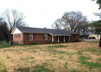 Pre Foreclosure in Tuscumbia 35674 VISTA CIR - Property ID: 1480813913