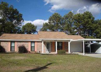 Pre Foreclosure in Clanton 35045 COLONIAL CIR - Property ID: 1480863832
