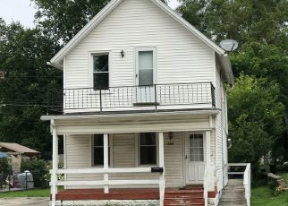 Pre Foreclosure in Waukesha 53188 NW BARSTOW ST - Property ID: 1480922516