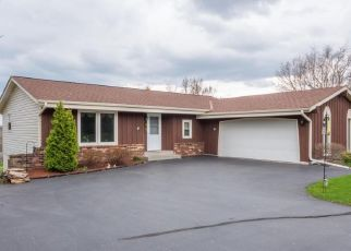 Pre Foreclosure in Waukesha 53189 TANSDALE RD - Property ID: 1480950995