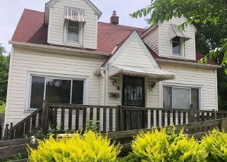 Pre Foreclosure in Milwaukee 53218 N 60TH ST - Property ID: 1480966305