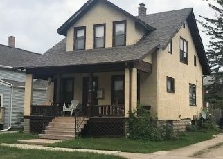 Pre Foreclosure in Fond Du Lac 54935 SHERMAN ST - Property ID: 1481012293