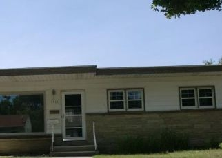 Pre Foreclosure in Milwaukee 53222 N 83RD ST - Property ID: 1481015360