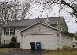 Pre Foreclosure in Reynoldsburg 43068 FOXFIELD DR - Property ID: 1481146761