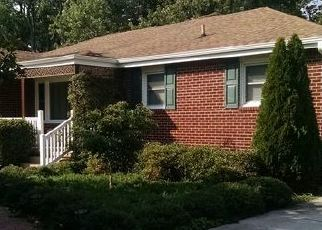 Pre Foreclosure in Virginia Beach 23455 SUNNYWOOD DR - Property ID: 1481238287