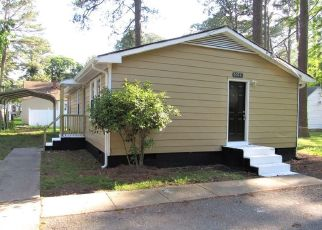 Pre Foreclosure in Norfolk 23502 MALBON AVE - Property ID: 1481301356
