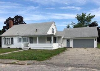 Pre Foreclosure in Lewiston 04240 DOW AVE - Property ID: 1481347792