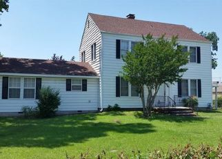Pre Foreclosure in Tulsa 74107 S UNION AVE - Property ID: 1481444128