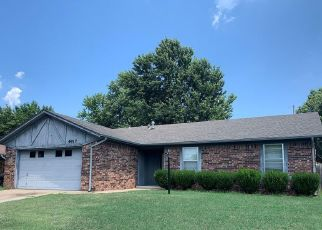 Pre Foreclosure in Sand Springs 74063 NASSAU CIR - Property ID: 1481464732