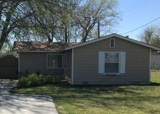 Pre Foreclosure in Sand Springs 74063 W 40TH ST - Property ID: 1481487500