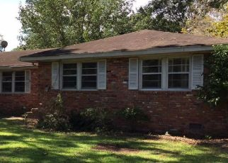 Pre Foreclosure in Charleston 29407 SOMERSET CIR - Property ID: 1481749405