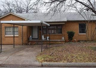 Pre Foreclosure in Chickasha 73018 S 16TH ST - Property ID: 1482408106