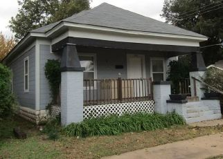 Pre Foreclosure in Chickasha 73018 S 8TH ST - Property ID: 1482409433