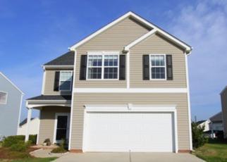 Pre Foreclosure in Greensboro 27405 PEPPERBUSH DR - Property ID: 1482667398