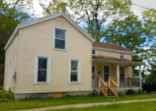Pre Foreclosure in Canastota 13032 E CHAPEL ST - Property ID: 1482711191