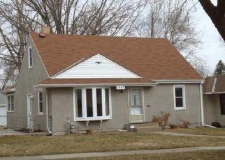 Pre Foreclosure in Saint Paul 55106 IOWA AVE E - Property ID: 1483111961