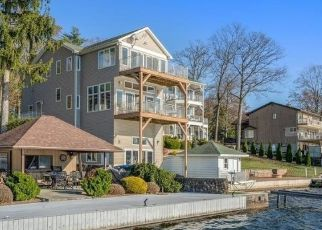 Pre Foreclosure in Mount Arlington 07856 MCGREGOR AVE - Property ID: 1483277495