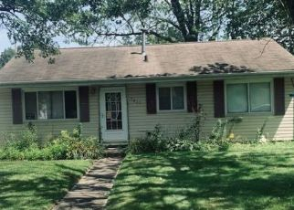 Pre Foreclosure in Griffith 46319 N INDIANA ST - Property ID: 1483408448