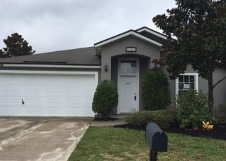 Pre Foreclosure in Jacksonville 32221 FOX CREEK DR - Property ID: 1483558686