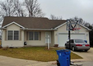 Pre Foreclosure in Middlebury 46540 MORNINGSTAR CT - Property ID: 1483635769