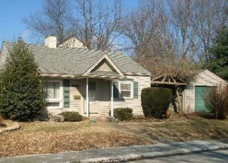 Pre Foreclosure in New Albany 47150 MORTON AVE - Property ID: 1483642327