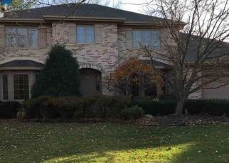 Pre Foreclosure in Flossmoor 60422 CARMEL DR - Property ID: 1483771987