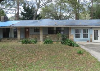Pre Foreclosure in Panama City 32405 BAYVIEW AVE - Property ID: 1484595357