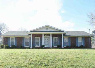 Pre Foreclosure in Anniston 36207 CANTERBURY SQ - Property ID: 1484712296
